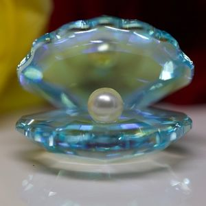 Swarovski Pearl in A shell